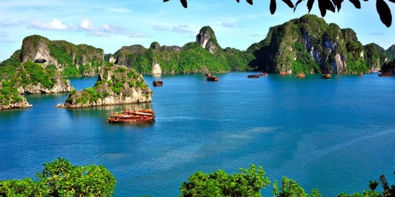 Vietnam Tour - Ha Long bay 1